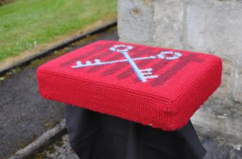 Kneeler - Donated By: St Andrews  Family Mothers Union; Dedicated To: Edna Jackson; Worked By: Mrs A Seth;